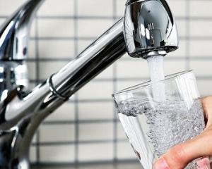 Persoanele care isi achita facturile la apa nu vor mai putea fi debransate impreuna cu rau-platnicii