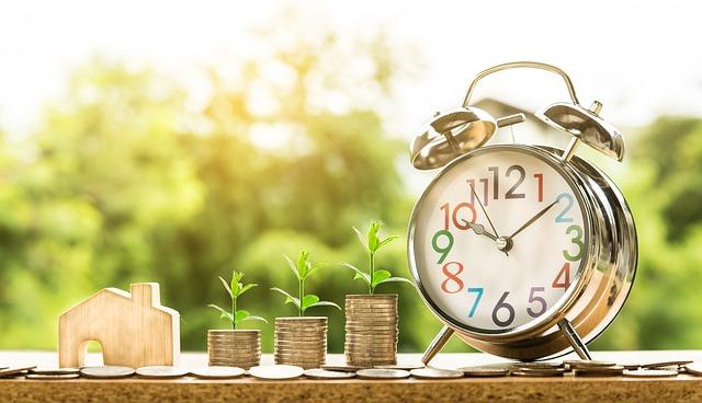 Previziuni economice 2019: cresterea este moderata pe fondul incertitudinilor de la nivel mondial