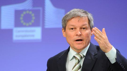 Dacian Ciolos: Legea salarizarii unitare, responsabilitatea viitorului Guvern