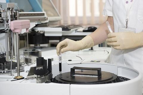 Institutia publica poate deconta testele COVID-19 pentru angajatii sai?