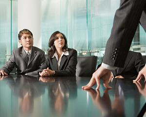 Model decizie privind incetarea delegarii unui salariat