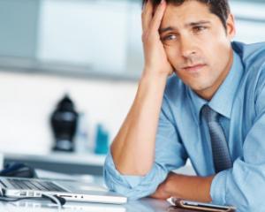 Cum pot incheia anticipat angajatorii contractul de munca pe perioada determinata