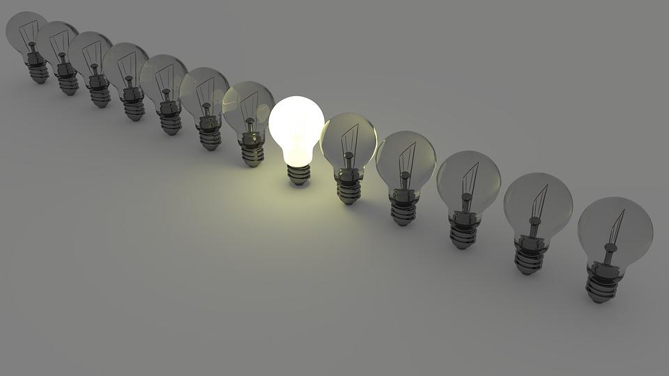 Economie la energie: Cum poti economisi bani fara a afecta confortul locuintei