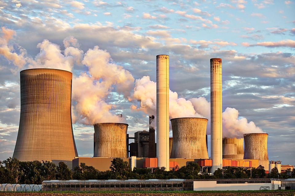 Facturi la utilitati mai mici! Modalitatile de reducere a consumului de energie in Romania, propuse de CE
