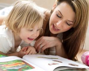 Proiect: Doar mamele care au primit indemnizatii calculate gresit vor fi amnistiate