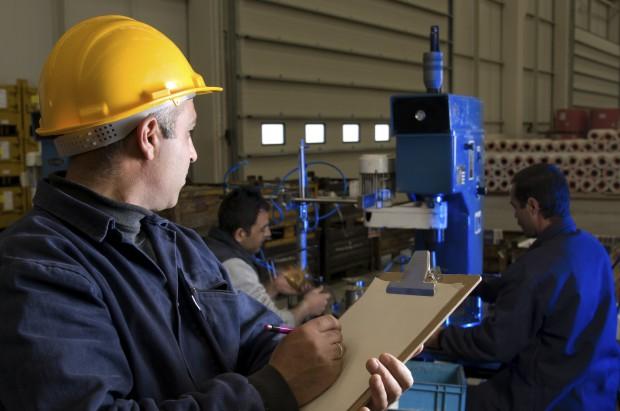 Locuri de munca din industria romaneasca, in scadere masiva