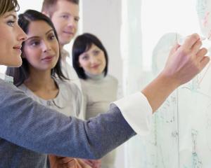 Instruirea SSM la locul de munca, obligatorie: cum sa eviti orice amenda