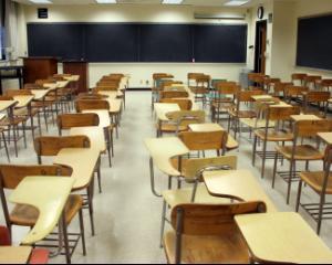 Proiectul Legii Educatiei prevede descentralizarea scolilor: cum vor fi organizate concursurile pentru posturile vacante din invatamant