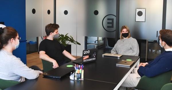 Fara masca la birou de la 1 iunie pentru angajatii vaccinati. Conditiile din noul ordin