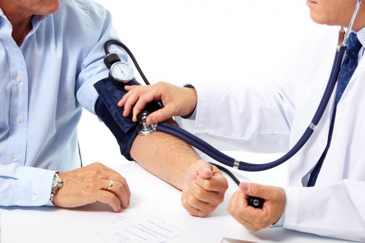 Saracia si sistemul medical se numara printre problemele prioritare din Romania