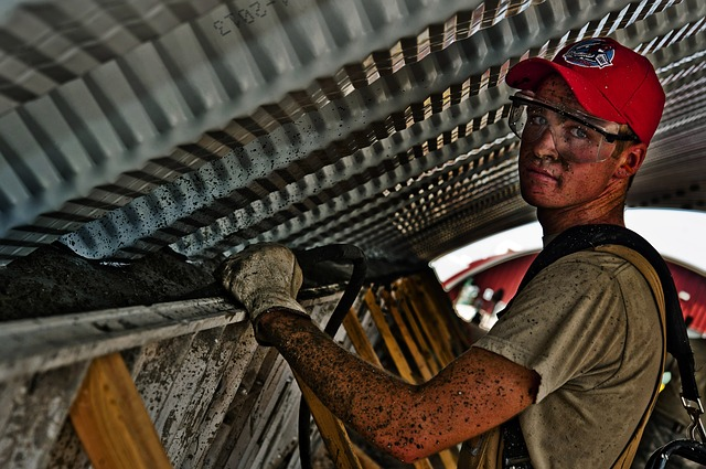 Instruirea si informarea lucratorilor in activitatile din domeniul constructiilor