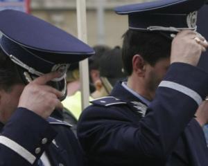 Norma zilnica de hrana pentru politisti a fost majorata