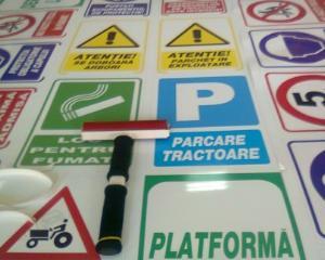Cerinte minime pentru implementarea panourilor de semnalizare