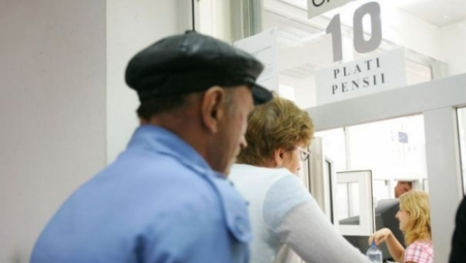 Majorarea punctului de pensie de la 1.000 de lei la 1.100 de lei, adoptata de Senat
