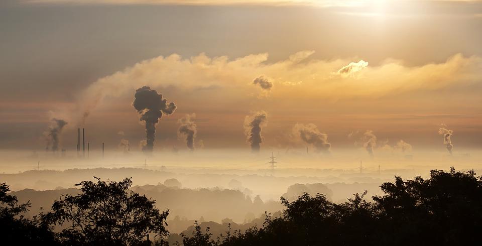 Poluarea, o problema in Romania. Imbunatatirea calitatii aerului ramane o prioritate