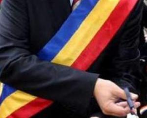 Vasile Dincu: Pensiile primarilor sunt justificate, administratia este prost platita