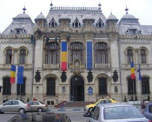 Pachete alimentare din partea primariei, pentru cazurile sociale din Craiova