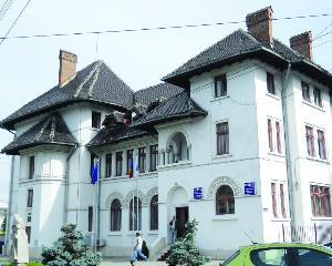 Salariilor angajatilor Primariei Targu-Jiu vor creste cu 12%