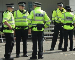 Oficial: Cum vor fi recompensati si sanctionati politistii