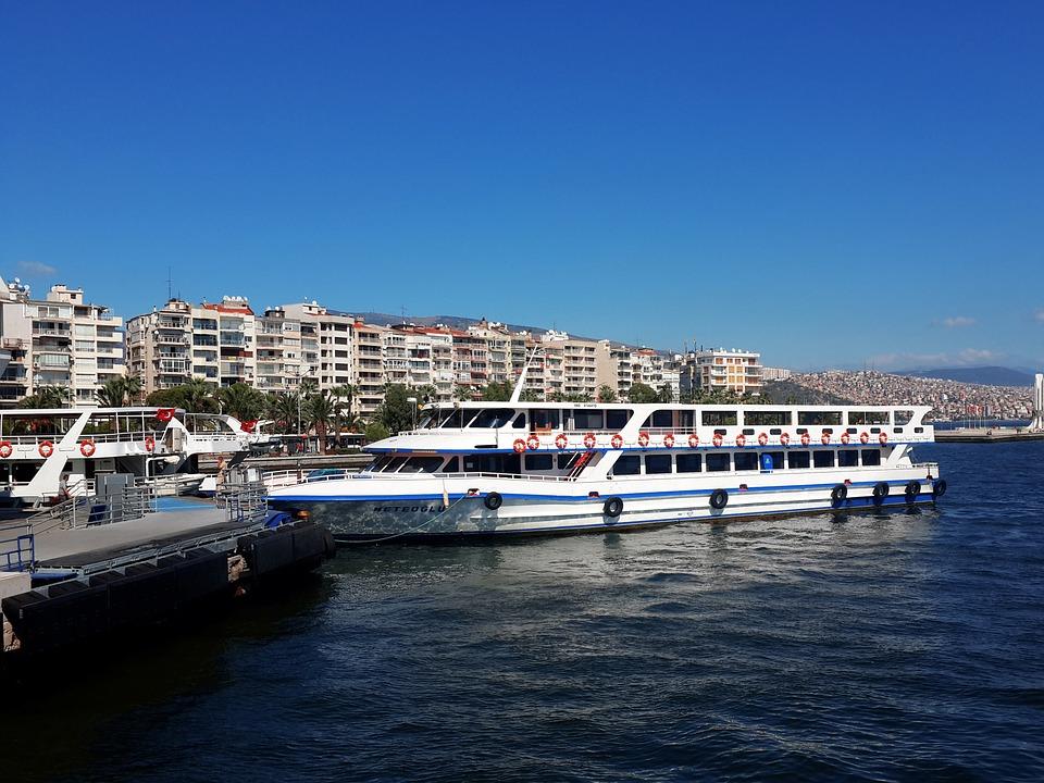 Statul roman va deveni actionar majoritar la santierul naval DMHI Mangalia