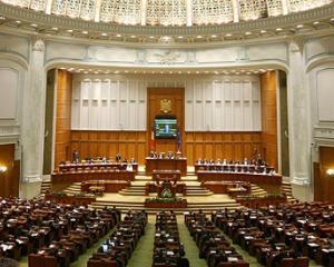 Senatorii au respins reducerea numarului de parlamentari