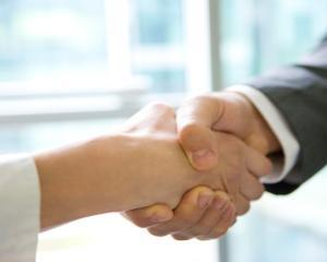 Ghidul contractelor de sponsorizare pentru institutiile publice