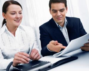 Sporuri salariale si concediu suplimentar pentru bugetari, in functie de conditiile de munca