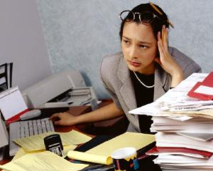 Cum afecteaza stresul productivitatea angajatilor bugetari