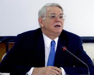Teodor Melescanu este noul ministru de Externe, dupa demisia lui Corlatean