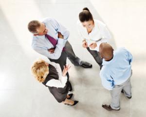 transferul salariatilor fara autorizatie administrativa este nul