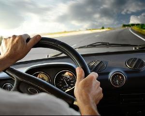 Comisiile senatoriale propun ca limita de viteza in localitati sa fie de 60 km/h