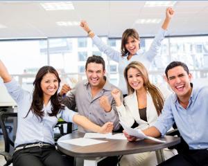 Propunere: 3 zile de weekend si doar 4 zile de munca pentru angajatii romani