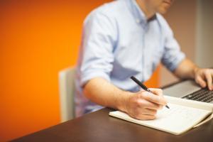 Mentinerea in activitate dupa indeplinirea conditiilor de PENSIONARE, in cazul cercetatorilor