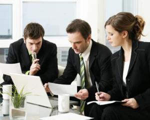 Reorganizarea institutiilor publice si reincadrarea angajatilor