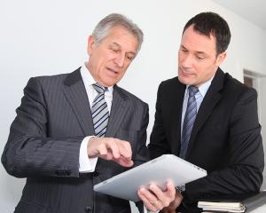 Reangajarea unui salariat dupa incetare CIM pentru limita de varsta