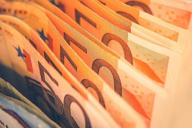 Cand si de ce sa optezi pentru un credit pe termen scurt?