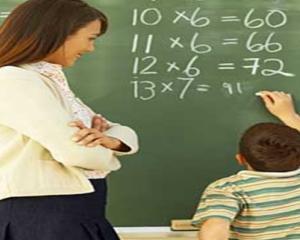 150 de euro de la UE pentru profesorii romani