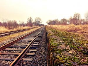 Comisia europeana a aprobat alocarea a peste 201 milioane de euro pentru finalizarea lucrarilor de modernizare a caii ferate dintre Sighisoara si Coslariu