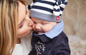 Concediu de maternitate OLBIGATORIU are doar 42 de zile. Ce pot face angajatele care vor sa renunte la CCC