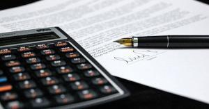 Compensare concediu de odihna neefectuat in cazul unei functii din administratie. Care e procedura?