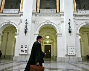 Curtea de Apel Bucuresti scoate la concurs 2 posturi vacante de consilieri