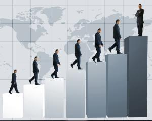 Evaluarea performantelor angajatilor bugetari - Legea-cadru 284/2010