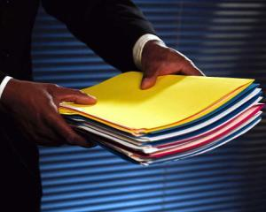 Informatiile de interes public: institutiile obligate sa le afiseze