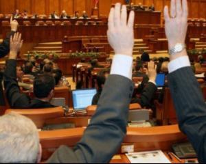 Geoana: Proiectul legii lobby-ului trebuie scos de pe agenda