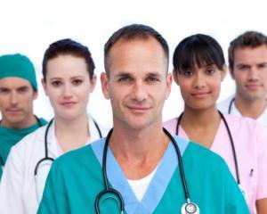 Medicii din spitalele publice intra in categoria functionarilor publici