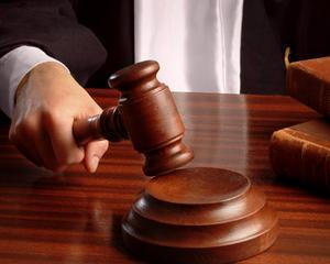 CC: Articolul privind calcularea vechimii doar pentru magistratii fosti avocati, neconstitutional