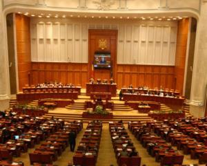 Comisia de Cod electoral a decis reducerea numarului de parlamentari