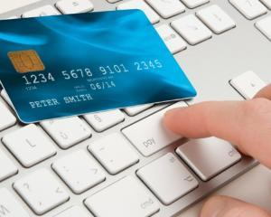 Oficial: contribuabilii pot plati online taxele si impozitele la Fisc