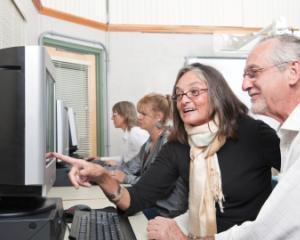 Program de pre-pensionare pentru salariatii care urmeaza sa iasa la pensie pana in 2015