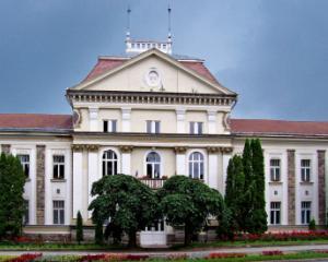 Primarul si viceprimarul din Miercurea Ciuc au fost suspendati din functie
